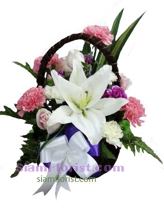 2330   Basket of Mixed Flowers