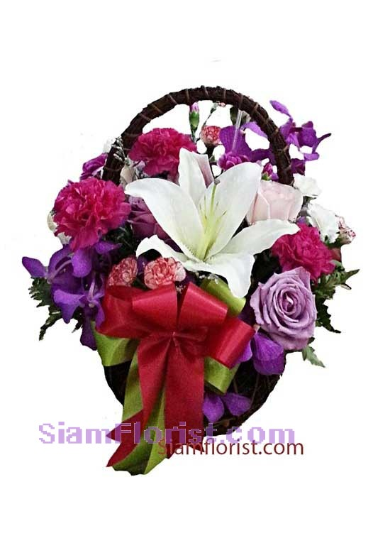 2331   Basket of Mixed Flowers