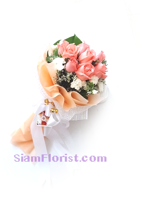 1121 Long stemmed Rose..click for detail