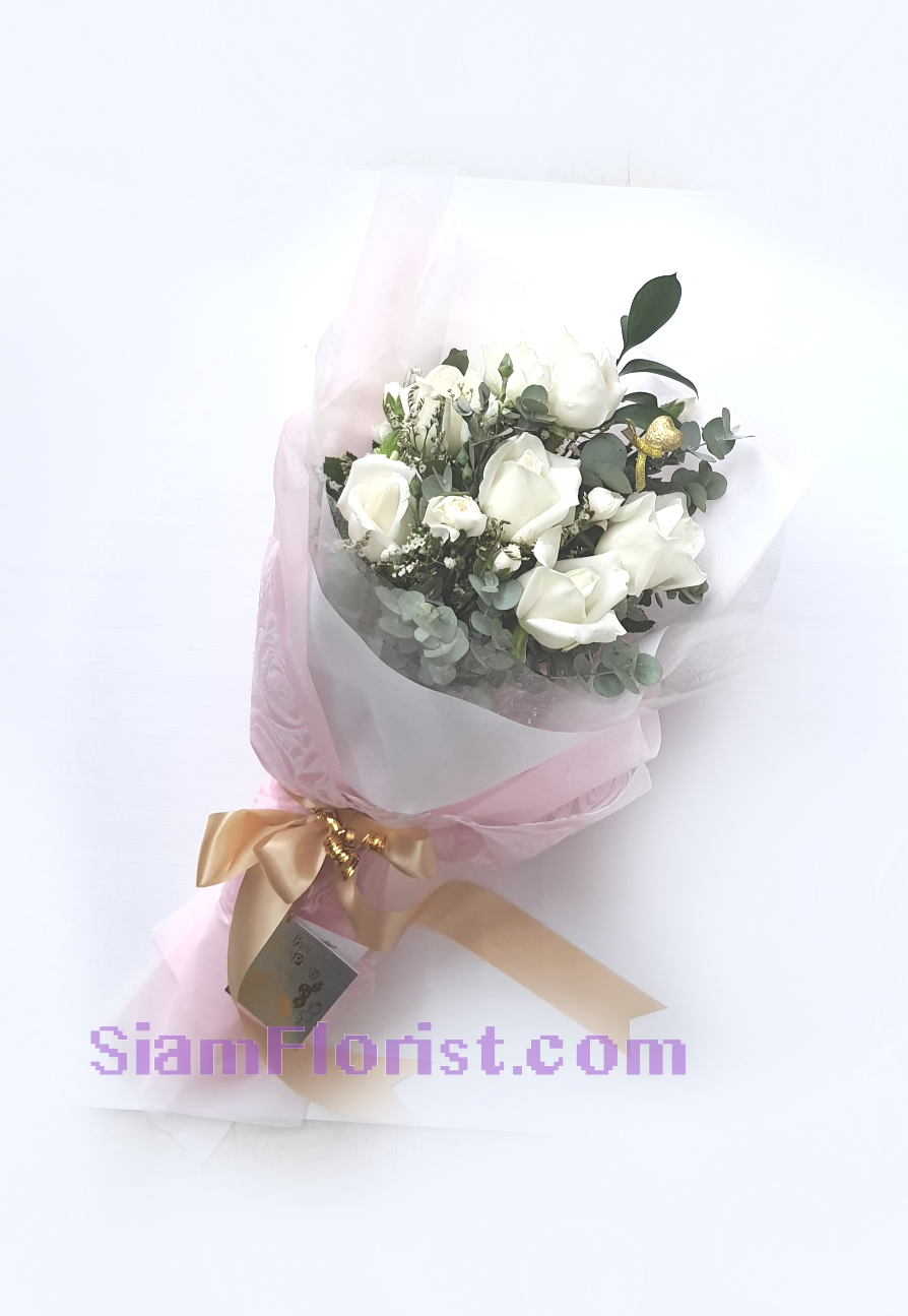 01778 Bouquet of Roses