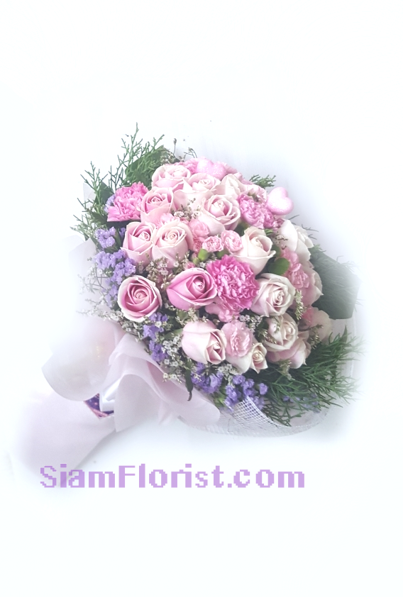 1129. Bouquet of Mixed Flowers..click for detail