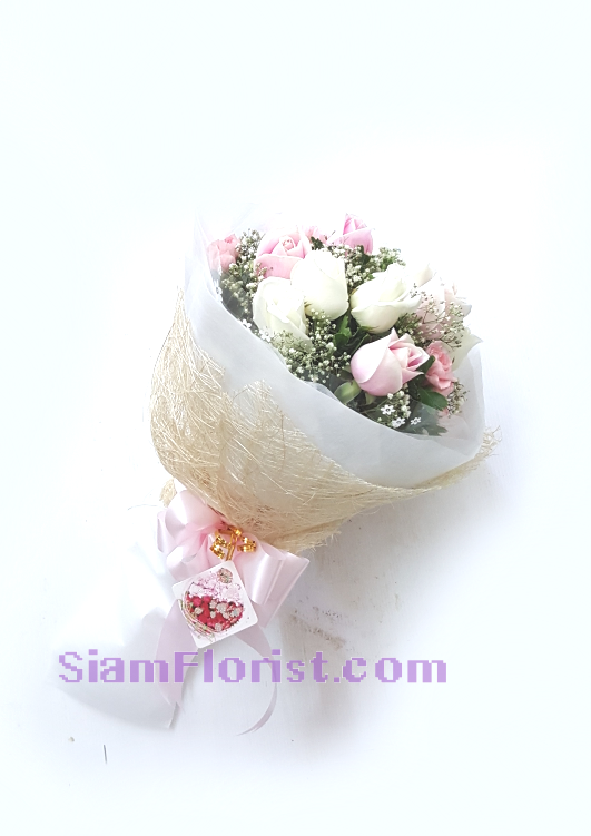 1128. Bouquet of Mixed Flowers..click for detail