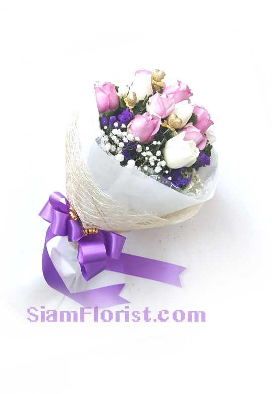 1137. Bouquet of Mixed Flowers..click for detail