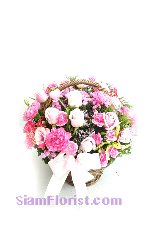 BA2524 Basket  of Roses and mixed flowers
