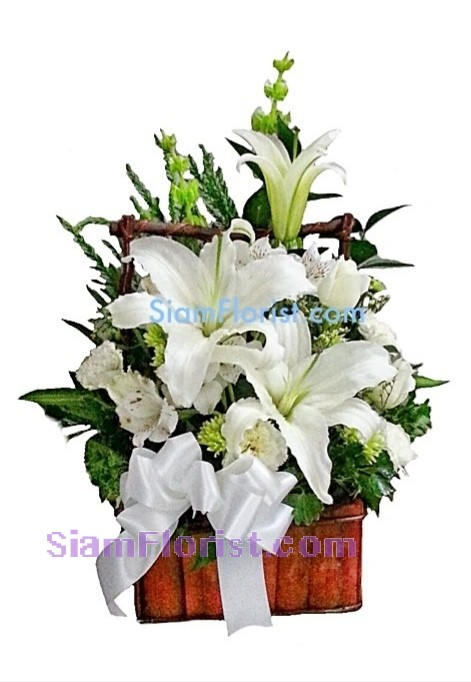 1012  Basket of Mixed Flowers