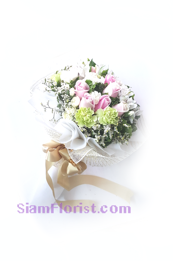 1136. Bouquet of Mixed Flowers..click for detail
