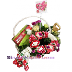 G2370  Basket  of Garland flowers and Bird Net
