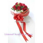 018451na Bouquet of Roses Click for detail