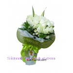 2347na Bouquet of Roses Click for detail