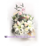 01904 Basket of Mixed Flowers