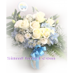 01912HG Vase of Mixed flowers  Hydrangeas  Click for detail