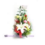 BA2497   Basket of Mixed Flowers more detail click