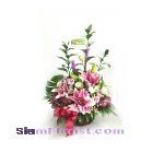 BA2496   Basket of Mixed Flowers more detail click