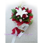 2104   Bouquet of Lilies and Roses