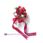 1056V Bouquet of Roses  Click for detail