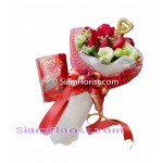 2462  Bouquet of Roses mixed flowers Chocolates start   click for detail